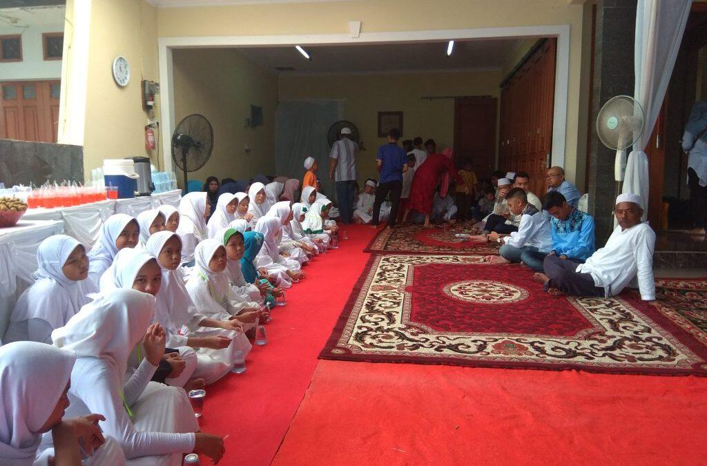 Undangan santunan di kediaman donatur komplek Ranco Indah, Tanjung Barat Jakarta Selatan